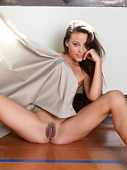 Lorena shows her not trimmed pussy