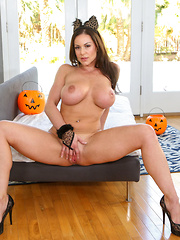Danny shows up at Kendra's door and finds her on the stairs ready for a trick, and a treat.