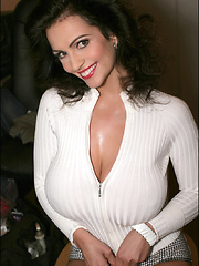 The incandescently scorching busty hotness that is Denise Milani has been missing for waaaaaaaaaaaaaaaay too long here at PinupFiles and fortunately today we have done our best to rectify that situation. Viva la Denise!