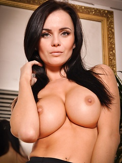 hot babe fuck Emma Glover